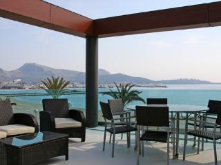 Luxurious apartment located right on the  beach with spectacular views of the bay - ES-324361-Puerto Pollensa - Puerto Pollensa vacation rentals