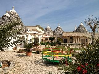 Trullo Rosa, with garden, pool& wifi - Alberobello vacation rentals