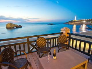 Fantastic ocean views in the town center  Entirely refurbished Oceanfront apartment  - FR-1057384-Biarritz - Biarritz vacation rentals