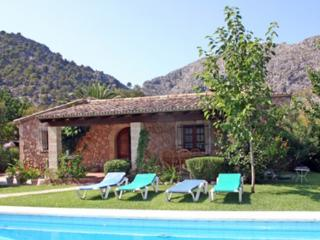 Charming bungalow situated in a nearby  valley of Pollensa  - ES-1058031-Pollensa - Pollenca vacation rentals