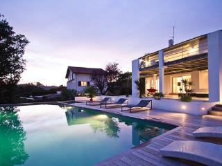 Peaceful Location Only 2 Km From The Beach Luxury Setting with infinity pool - FR-1070829-Bidart - Bidart vacation rentals