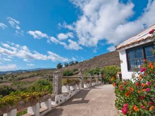 Holiday Home with panorama view above the  island - max 5 people - ES-1071222-Teror, El Palmar - Teror vacation rentals
