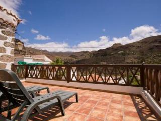 Villa with big Terrace and sun loungers  - max 3 people - ES-1071247-San Bartolomé de Tirajana, Fataga - Fataga vacation rentals