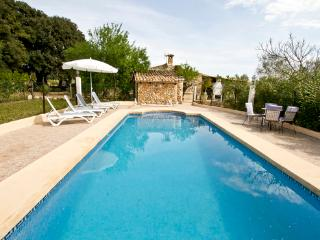Small house in the north of Mallorca  for 4 people with covered terrace - ES-1074729-Búger - Buger vacation rentals