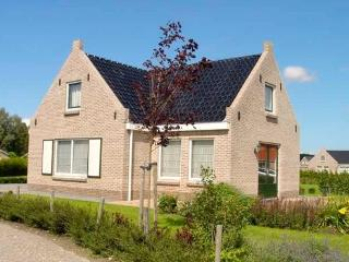 Accommodation in Tzummarum, one of   the most beautiful places in the Nederlands - NL-840-Tzummarum - Sexbierum vacation rentals
