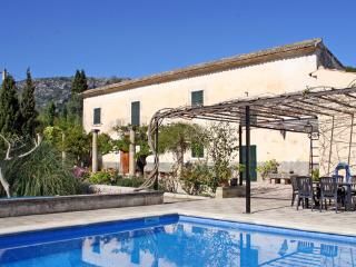 Beautiful antique house in the valley of   Colonya, 2 km from Pollensa, with pool - ES-859-Pollença - Pollenca vacation rentals