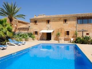 Beautiful historic country house, renovated  - with pool and sun terrace  - ES-860-Cas Concos - Majorca vacation rentals