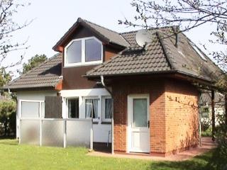 Cozy holiday home on the island Föhr,  near the sea - DE-365963-Goting / Föhr - Nieblum vacation rentals