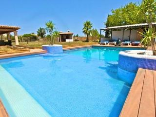 Holiday home for 10-12 persons  just 2 kms from the beach  - ES-1058699-Alcudia - Balearic Islands vacation rentals
