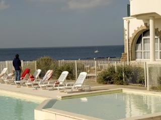 Holiday accommodation for 4 people  with sea views in france - FR-1070992-Batz sur Mer - Le Croisic vacation rentals
