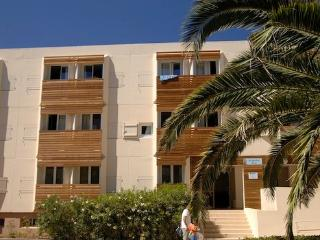 Nice apartment on the coast of Varois  - max 6 people with outdoor pool - FR-1071003-La Londe Maures - La Londe Les Maures vacation rentals