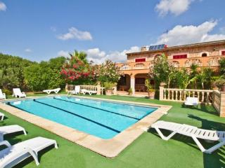 Large holiday home in Majorca -  perfect for groups (max. 16 people) - ES-1072030-Selva - Selva vacation rentals