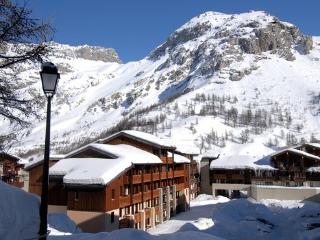 Apartment on the edge of the ski slopes in  the mountains of France - max 4 people - FR-1074653-Val d'Isère - Rhone-Alpes vacation rentals