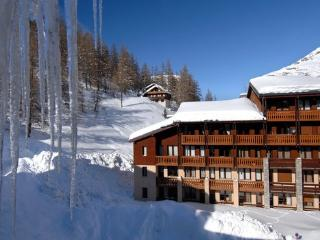 Apartment in sports area at 1800m high in  the french alps - 4 people - FR-1074655-Val d'Isère - Rhone-Alpes vacation rentals