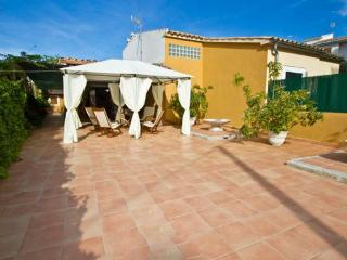 Holiday home only 100 meters from the beach  in a good location in Playa Alcudia - ES-1074658-Puerto de Alcudia - Puerto de Alcudia vacation rentals