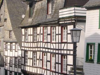 Old half-timbered house with modern interior  in the heart of Monschau - DE-747-Monschau - Monschau vacation rentals