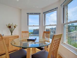 1 Oceanis - Saint Ives vacation rentals