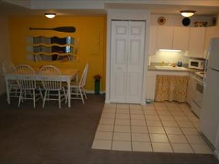 Kitchen and Dining Area - Sunny Daze 109577 - Mineral - rentals