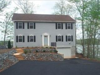 Eagles Nest 109580 - Lake Anna vacation rentals