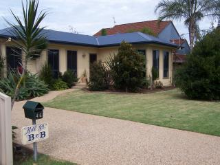Hill Street B&B, Port Macquarie - Port Macquarie vacation rentals