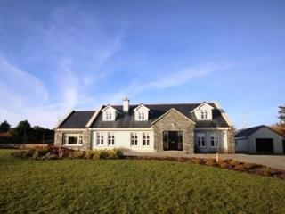 Ballinakill Lodge - 6 bed house huge accommodation & gardens, wheel chair accessible - Clifden vacation rentals