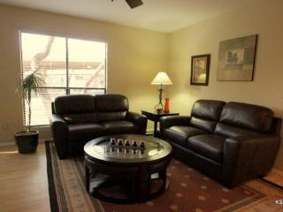 Spacious, Downstairs, Two Bedroom, Two Bath Condo at Canyon View - Tucson vacation rentals