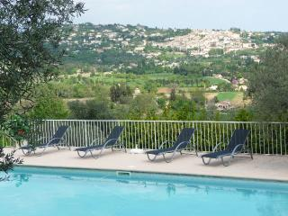 La Belle Vie Cote d'Azur cosy, luxury authenticity - Fayence vacation rentals