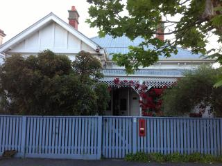 Lovely family home in Nth Fitzroy, Melbourne with Pool - Melbourne vacation rentals