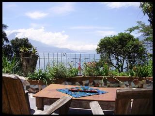 2-bed House in Santa Cruz - 10% DISCOUNT Sept/Oct - Guatemala vacation rentals