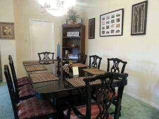 Vacation Rental in the Heart of McAllen (Fairway) - McAllen vacation rentals