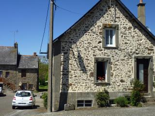 Our Cosy Cottage - Western Loire vacation rentals