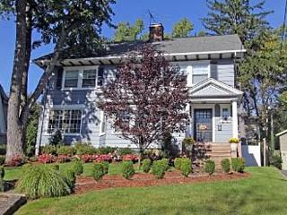 Super Bowl In Style - 5 bedroom house sleeps 9! 9 miles from stadium! - Upper Montclair vacation rentals