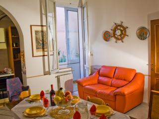 THE BERRIES - Quiet, Comfy, Safe Family House - Emilia-Romagna vacation rentals