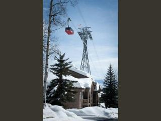 Rare location, true ski in/out location at Jackson Hole Mountian Resort - Teton Village vacation rentals
