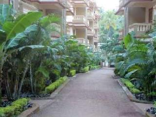 1 Bedroom Apartment in 3 star Resort at Candolim. - Bhedaghat vacation rentals