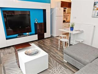 Home Aparts- TAKSIM T2 - Istanbul vacation rentals
