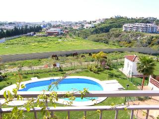 Penthouse in Mijas Costa, pool, terrace, garage - Mijas vacation rentals