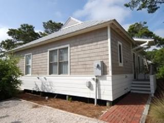 Beautiful 3Bed/3Bath Cottage-4 min walk to Beach! Frm $125nt - Seaside vacation rentals