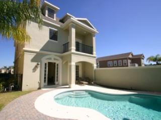 Stunning 5 bedroom home with games room and pool - Reunion vacation rentals