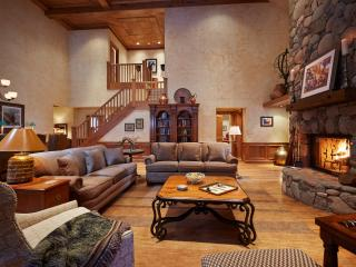 1300 The Chateau -- 5 Bedroom Luxury Penthouse - Beaver Creek vacation rentals