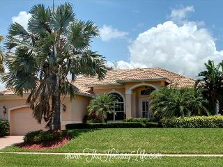 BONITA COURT - Island Luxury Waterfront 4 Bedroom - Florida South Gulf Coast vacation rentals