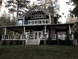 Luxury Waterfront 4 bedroom home with Private Beach Access and Sauna - Greenbank vacation rentals