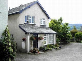 Crud-yr-Awel (Central location with private parking) - Crickhowell vacation rentals