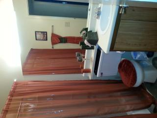 clean quiet home/room for rent - Austell vacation rentals
