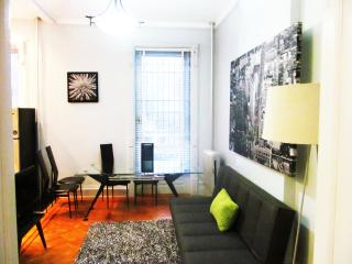 A Historic 2BR RailRoad Apt-only 12min to Manh - Brooklyn vacation rentals