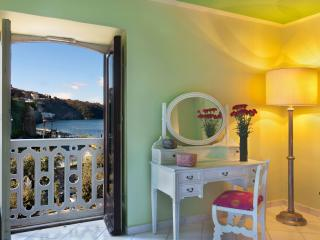 Apartment with 2 bedrooms  on the port of Sorrento - Sorrento vacation rentals
