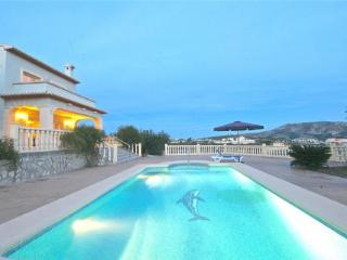Holiday house for 8 persons, with swimming pool , in Moraira - Benitachell vacation rentals