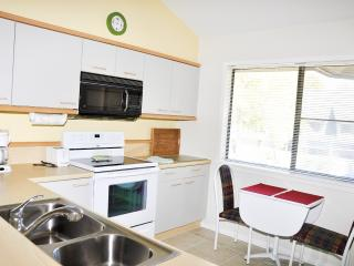 VILLA: WEST HYDE PARK 7-E 3BR 3 BA - Myrtle Beach vacation rentals