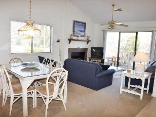 VILLA: RICHMOND PARK 22-D 2BR 2BA - Myrtle Beach vacation rentals