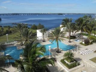 Beautiful Oasis Dream - Fort Myers vacation rentals